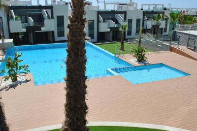 Beneden appartement in Oasis Beach Punta Prima 8 Nº 035 in España Casas