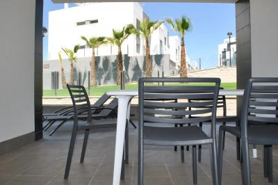 Ground floor apartment in Oasis Beach Punta Prima 8 Nº 035 in España Casas