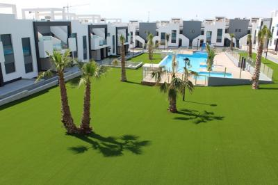 Top floor apartment in Oasis Beach Punta Prima 9 Nº 096 in España Casas